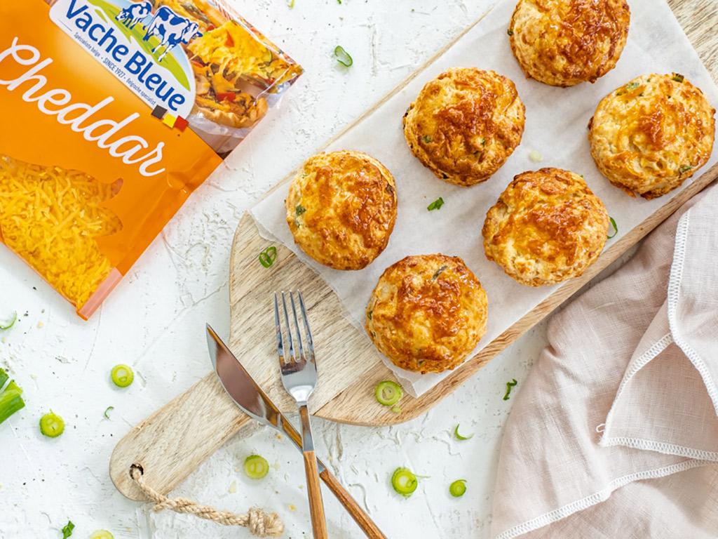 Vache Bleue Recette Petits pains cheddar oignons de printemps, kaasbroodjes cheddar lente ui